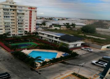 Apartamento 8vo piso con Ascensor