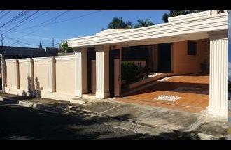 Casa En Los Trinitarios 2