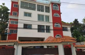 Amplios Apartamentos Con Terminación De Primera Próximo A Carreful